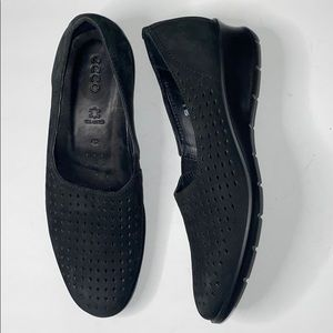 Ecco Felicia Stretch Black Perforated Wedges